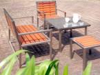 die Gartenbank als Teil einer Sitzgruppe - de greiff design